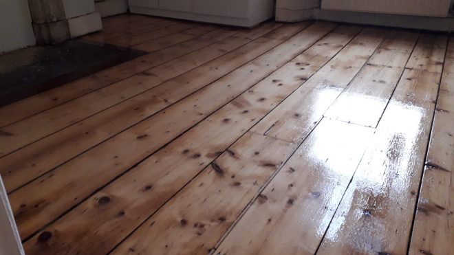 6 Common Problems Facing Wood Floors
