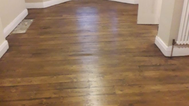 Understanding The Difference Between Floating And Glue-Down Flooring