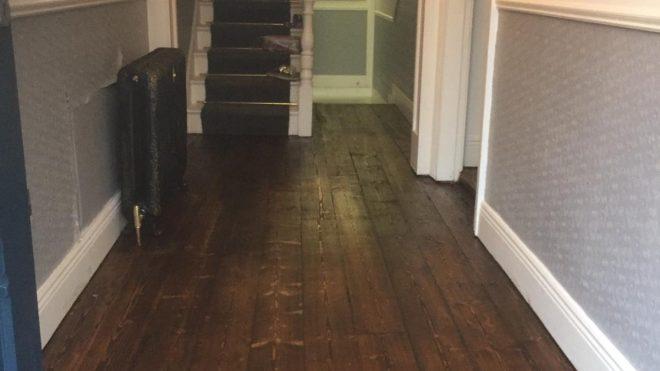 Ways That DIY Sanding Messes Up The Floor
