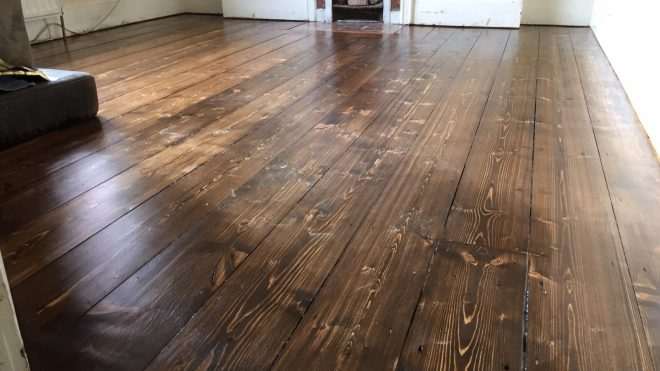 3 Signs That A Floor Sanding And Refinishing Is Needed